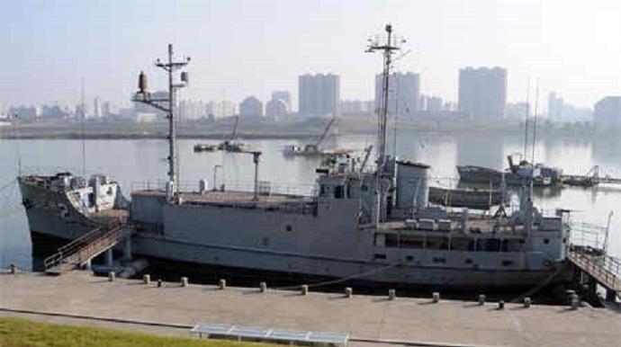 North-Korea-captured-U.S. Navy-ship
