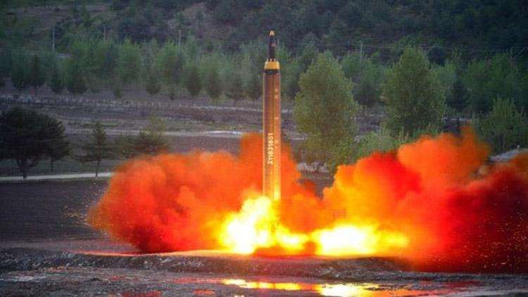 ballistic-rocket