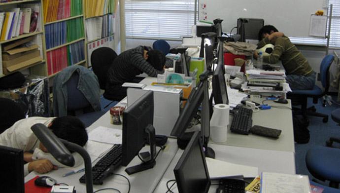 japanese-sleeping-in-office
